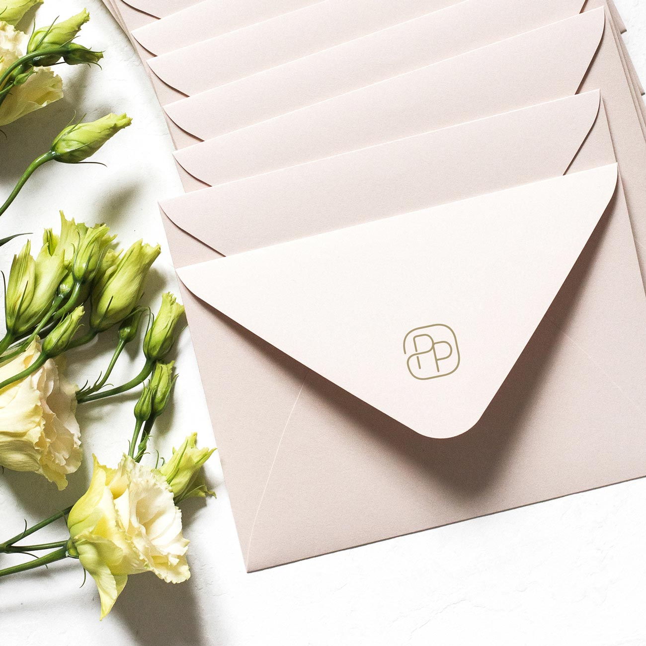 Pacific Place envelopes with gift cards