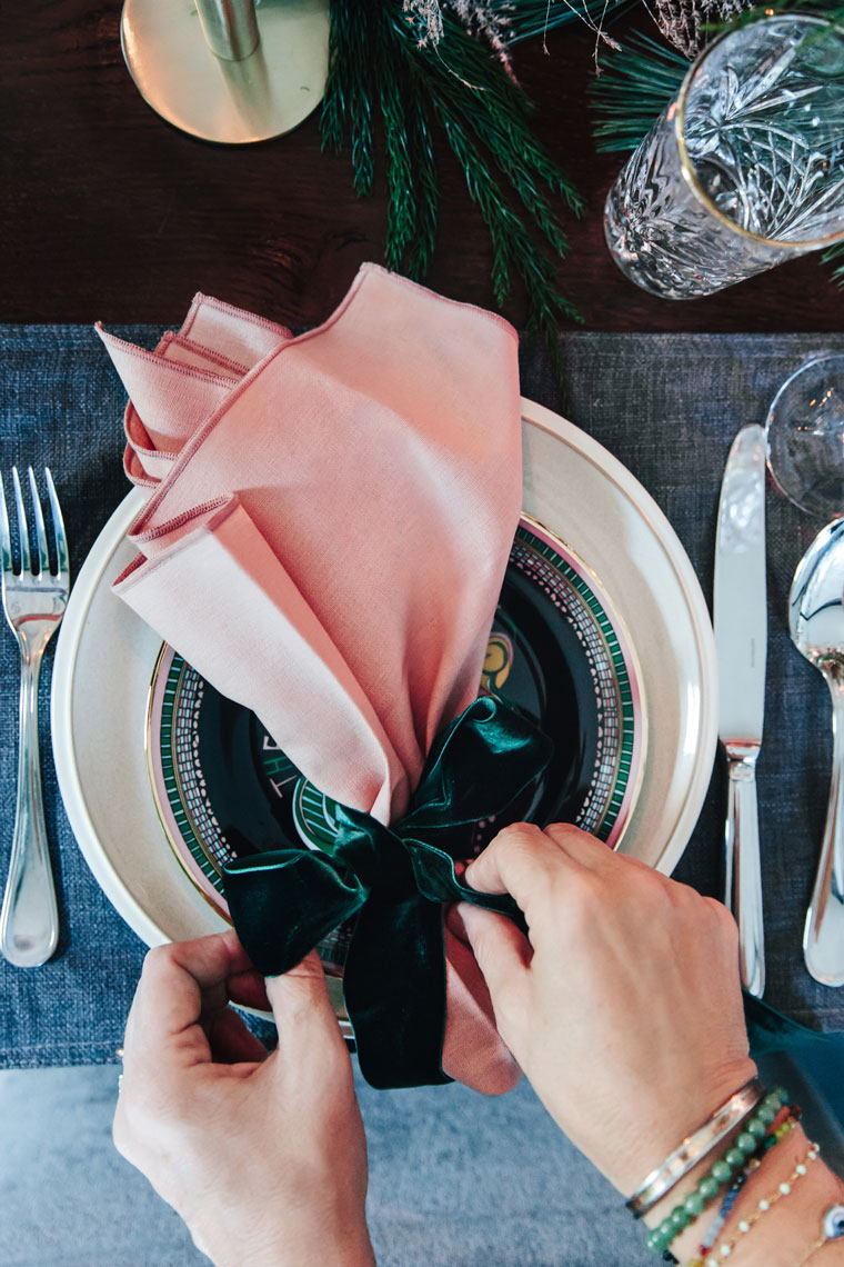 Ribbon makes for chic DIY napkin holders