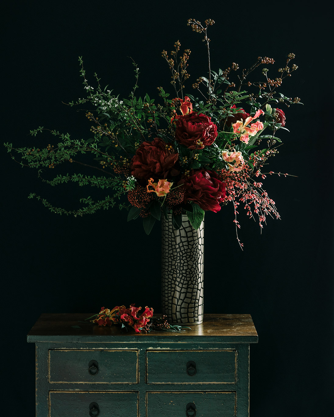 Luxurious gloriosa pairs with L'Objet's Crocodile Vase