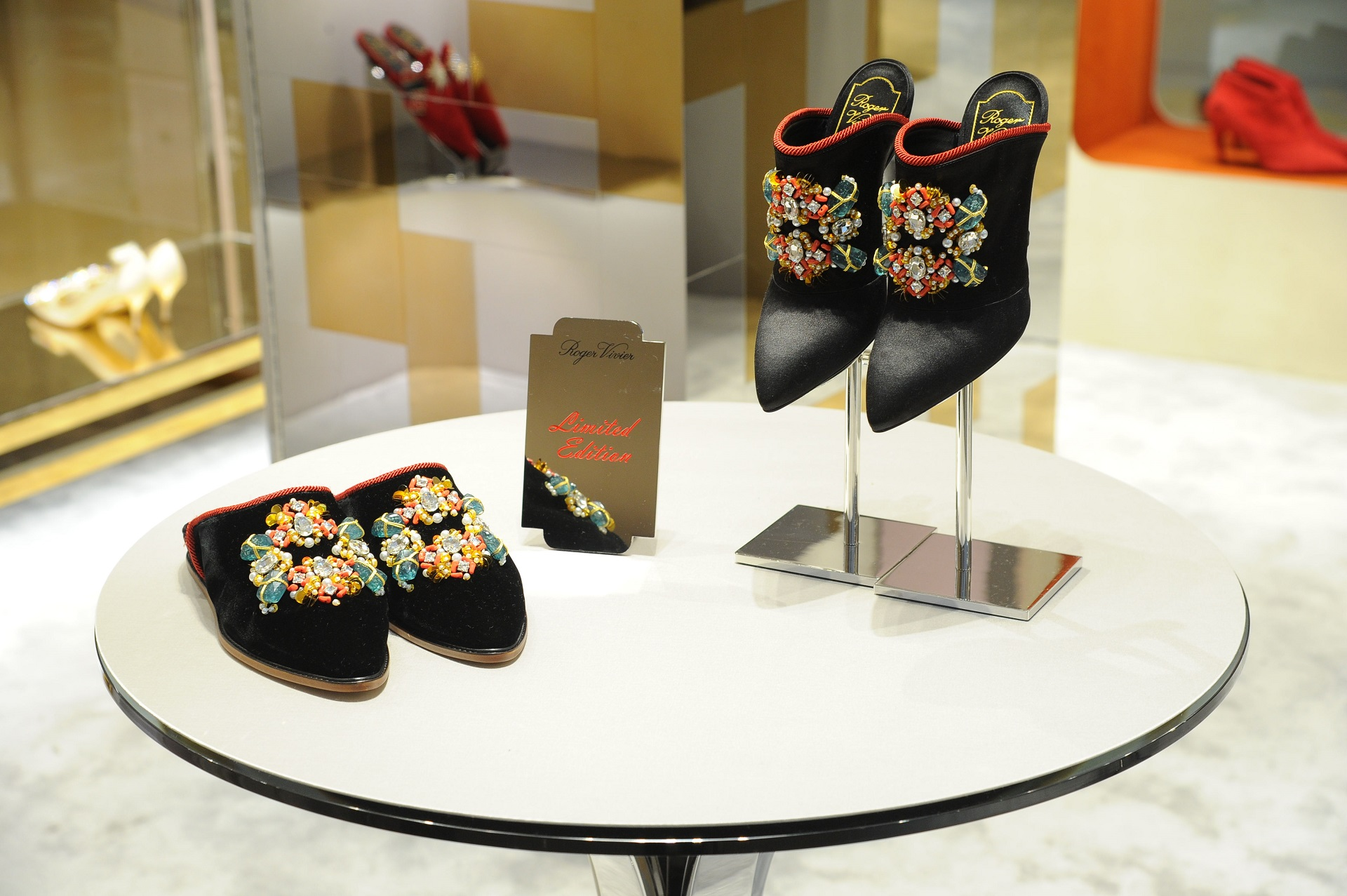 Roger Vivier is bringing a slice of the brand's Parisian spirit, eclecticism and fantasy to Pacific Place in the form of an exclusive pop-up store